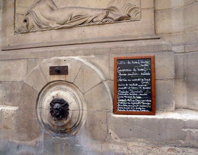 Fontaine haudriettes avec ardoise