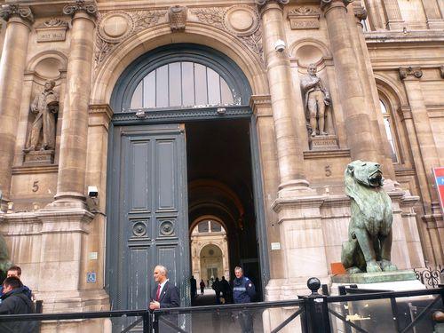 Hôtel de ville entrée lobau