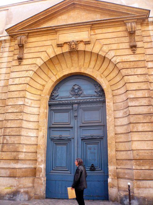 Turenne 60 hôtel équevilly grand veneur portail