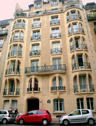 Guimard façade 17 rue la fontaine