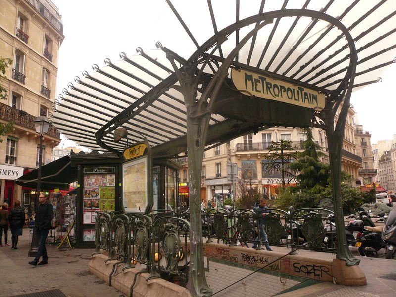 Guimard bouche métro châtelet (2)