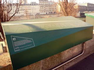 Bouquinistes coffres cercueil 11 02 12