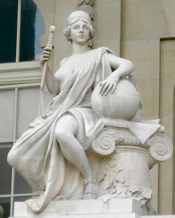 Paris_8_grand_palais_5