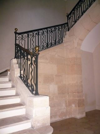 Pastourelle 17 escalier 15 10 12
