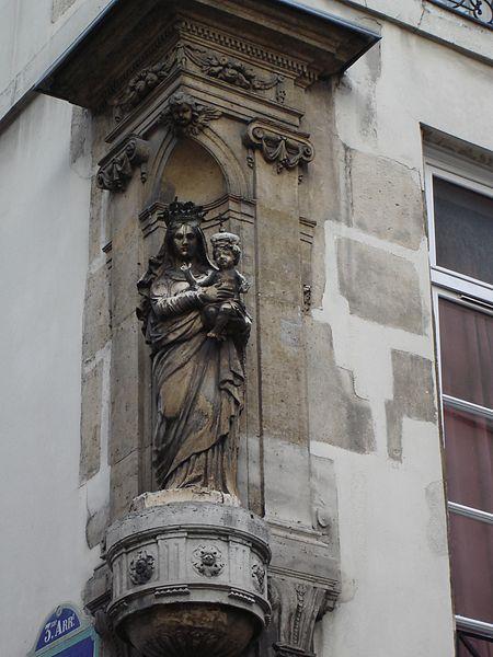 450px-Rue_Turenne-_Virgin_Statue