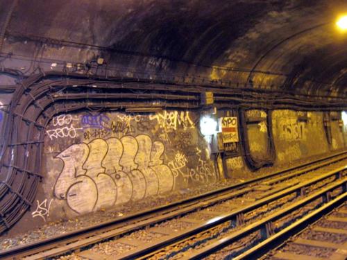 Tunnel_metro_paris