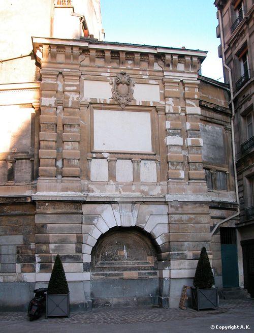 Trésor fontaine sans fenêtre copyright A.K. 06 12 13