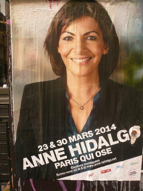 Anne hidalgo affiche sauvage 28 02 14