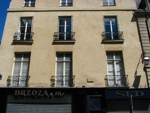 Turenne_rue_de_56_Scarron_Crebillon_01_mini