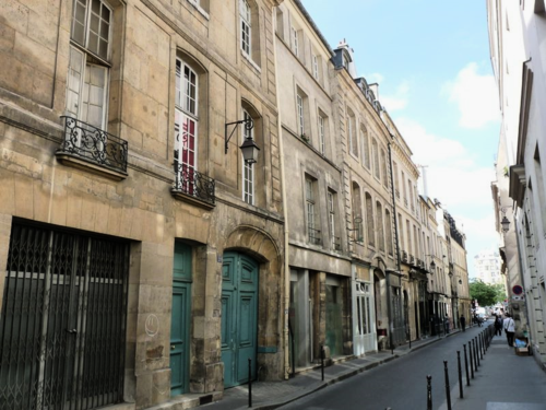 Paris_rue_michel_le_comte1