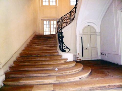 St merri 12 escalier monumental