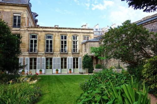 Jardins archives nationales 155