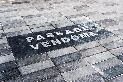 Passage_Vendôme_(Paris)_01