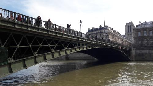 Pont d'arcole 24 03 18