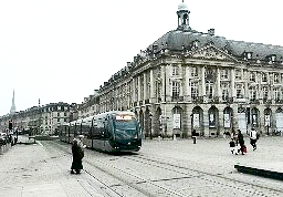 Bordeaux tramway 10 12 15