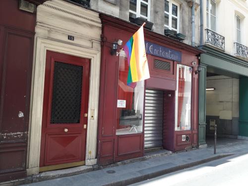 Michel le comte 15 l'enchanteur drapeau 24 04 17
