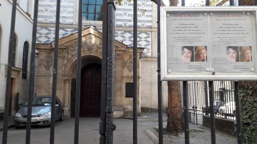 Porche ste croix des arméniens