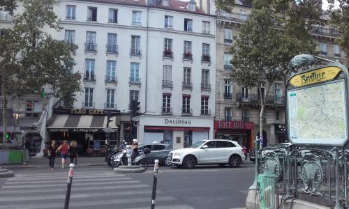 Beaumarchais 5 façade 19 07 18