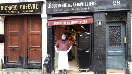Gravilliers 28 boucherie manu 05 03 20