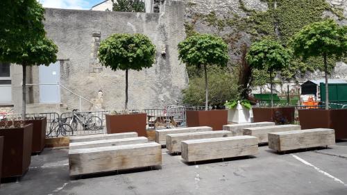 Jardin aumont petit théâtre