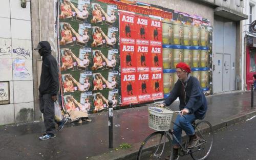 Affichage sauvage le parisien