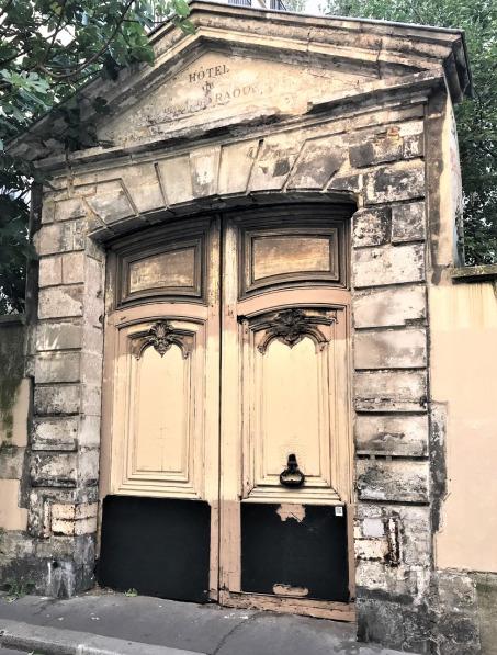 Hôtel raoul portail 11 09 20